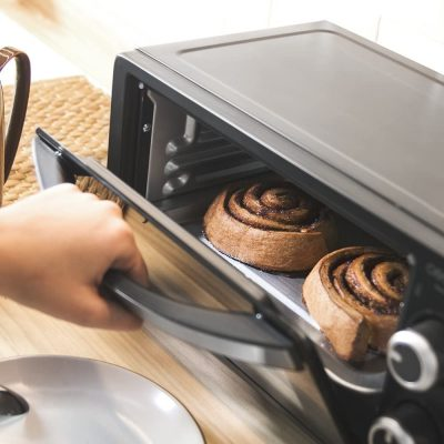 Cecotec Bake&Toast 450 - Horno Conveccion Sobremesa, Capacidad de 10 litros, 1000 W, Temperatura hasta 230ºC y Tiempo hasta 60 Minutos, Perfecto para Panini y Bollería, 10 litros de capacidad